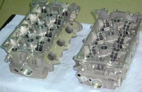 Mazda 323 ST Zytek Cosworth Ford V6 KL engine cilinder heads Zylinderköpfe