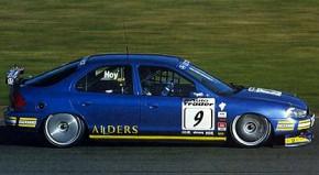 Ford Mondeo ST 97 Reynard side