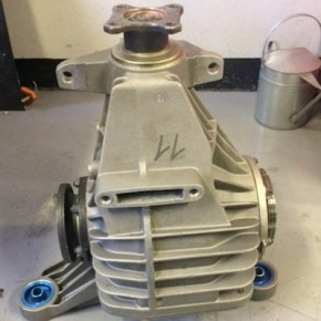 BMW 320i ST rear gemini diff 4