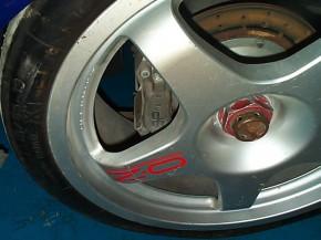 Ford Mondeo ST 97 Reynard wheel rain rear